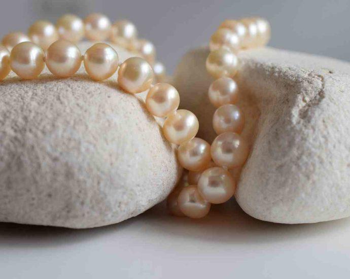 Catégorie Perles nacrées en verre