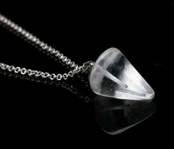 Pendule en Cristal de roche Cône