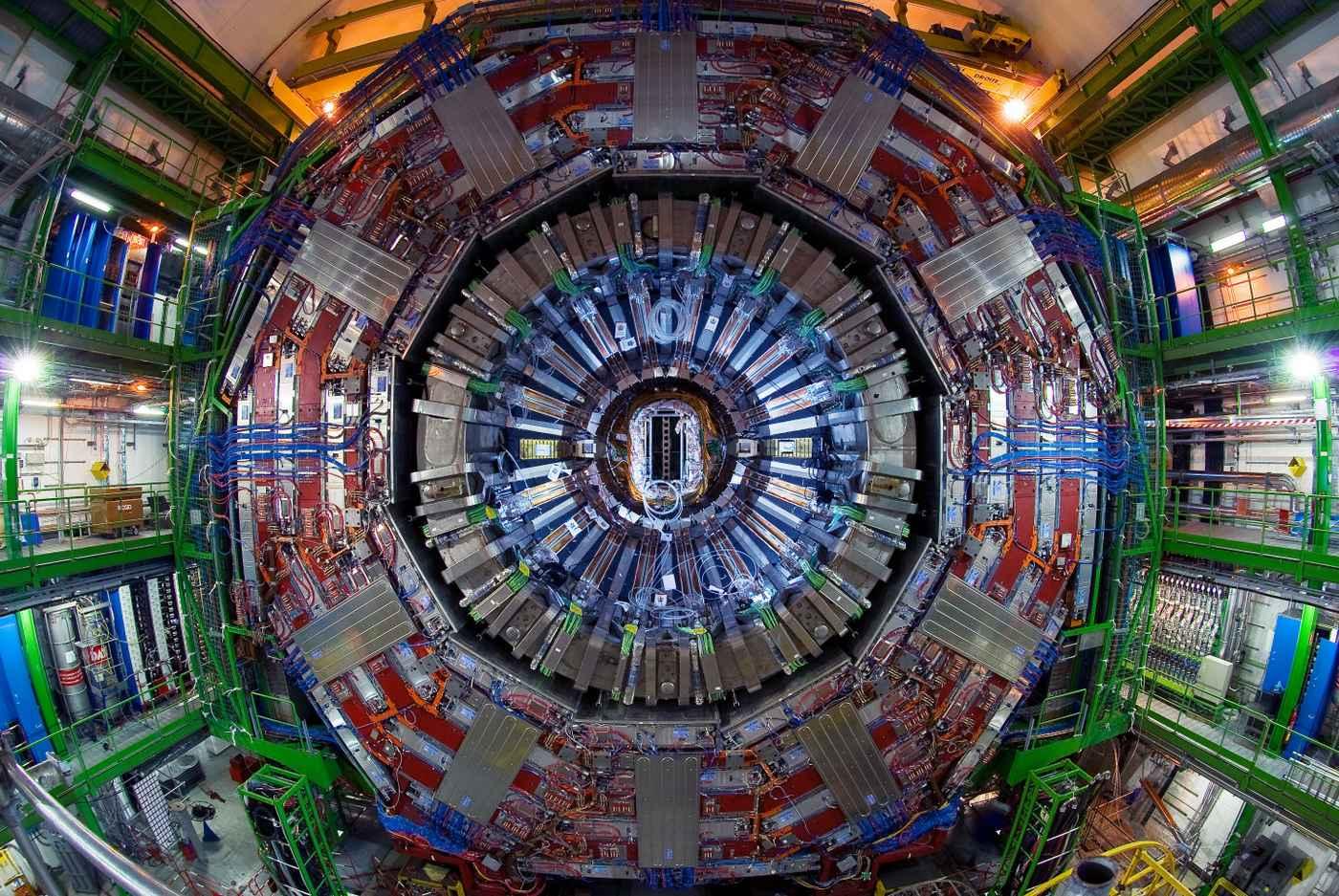 CERN, Détecteur de CMS